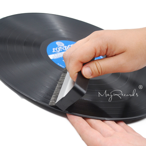 Portable Anti-Static Carbon Fiber Record Brush Vinyl LP Cleaning Brush